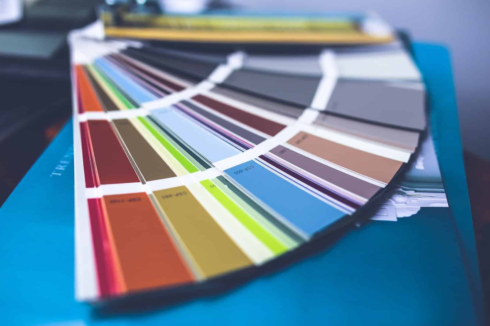 1e96583d-a578-43c6-9ba0-cd1361390b93_color-paint-palette-wall-painting-8196823